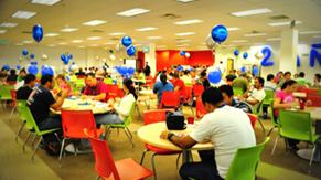 Cafeteria en el edificio CR1