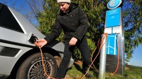 Intel campuses in Oregon provide electric vehicle charging stations for employees.